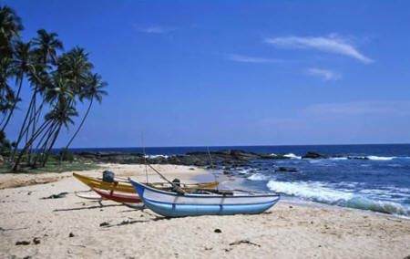Amanwella - White sandy beach