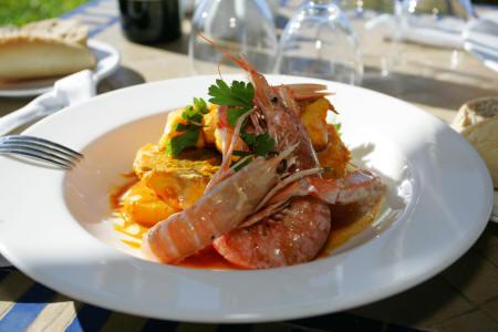 Hotel hacienda na xamena restaurants bars for Gourmet en cuisine